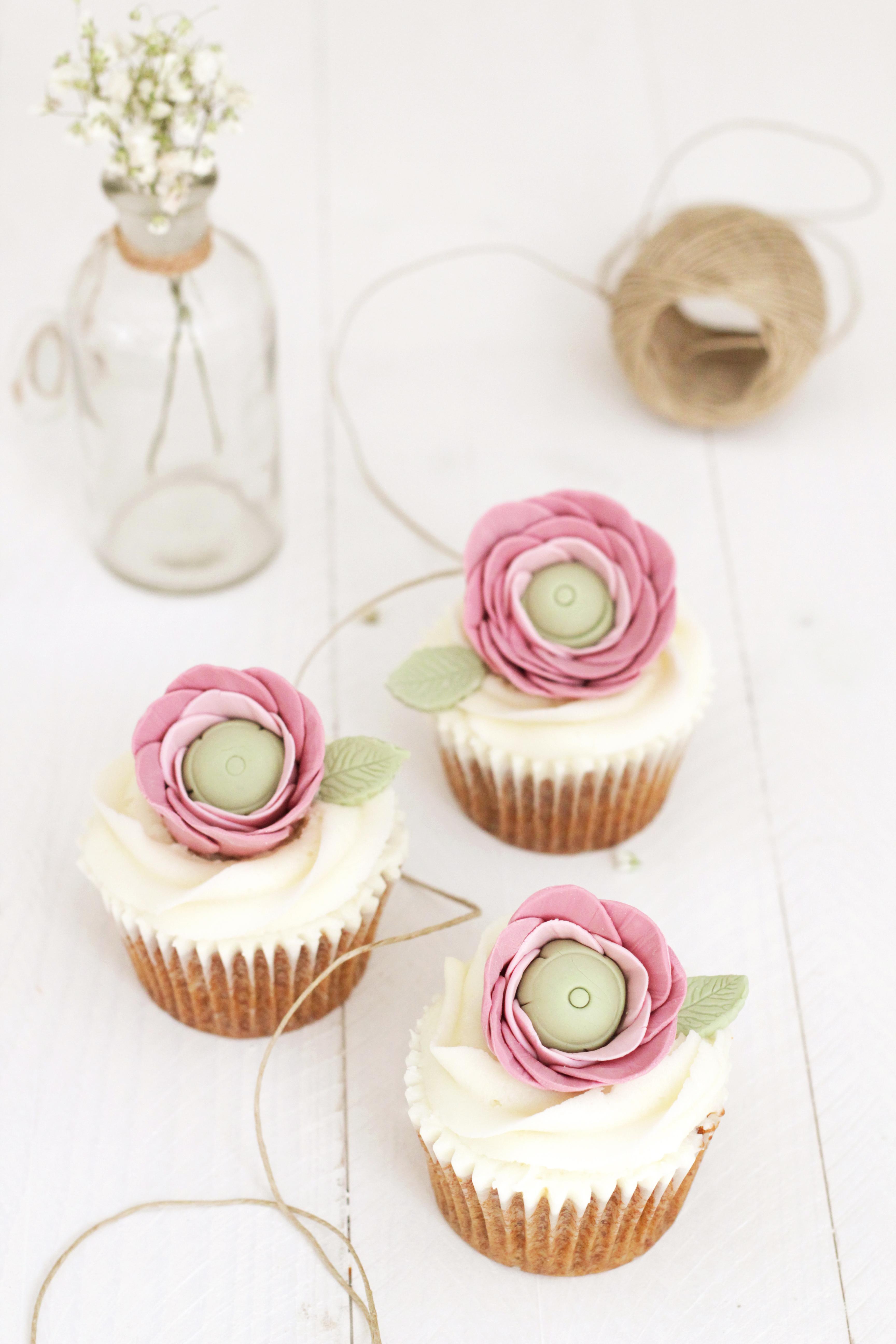 Tutorial: Cupcakes Con Ranúnculos