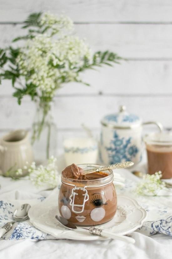 Crema de chocolate y avellanas casera