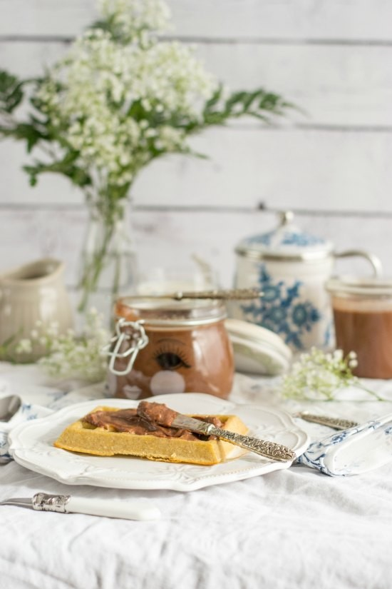 Crema de chocolate y avellanas casera 5