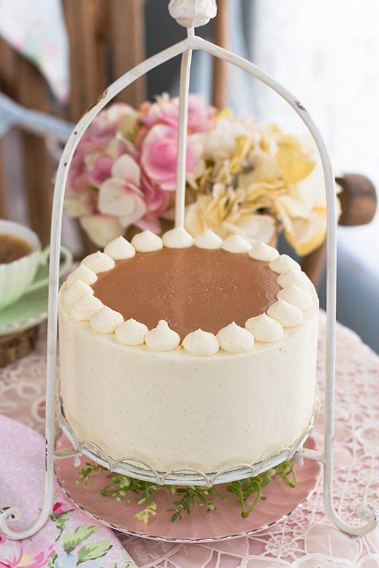 Pastel De Caramelo Y Crema 2