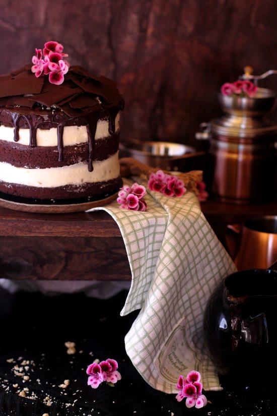 Tarta de Brownie con Queso, Coco y Nueces 3