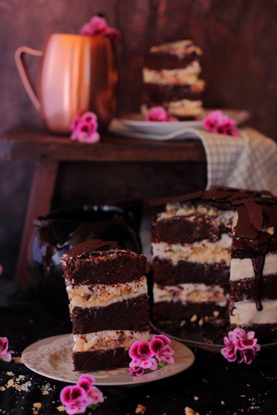 Tarta de Brownie con Queso, Coco y Nueces 5