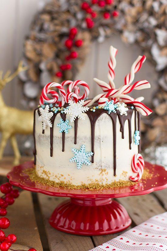 Tarta de especias y crema de galletas de caramelo