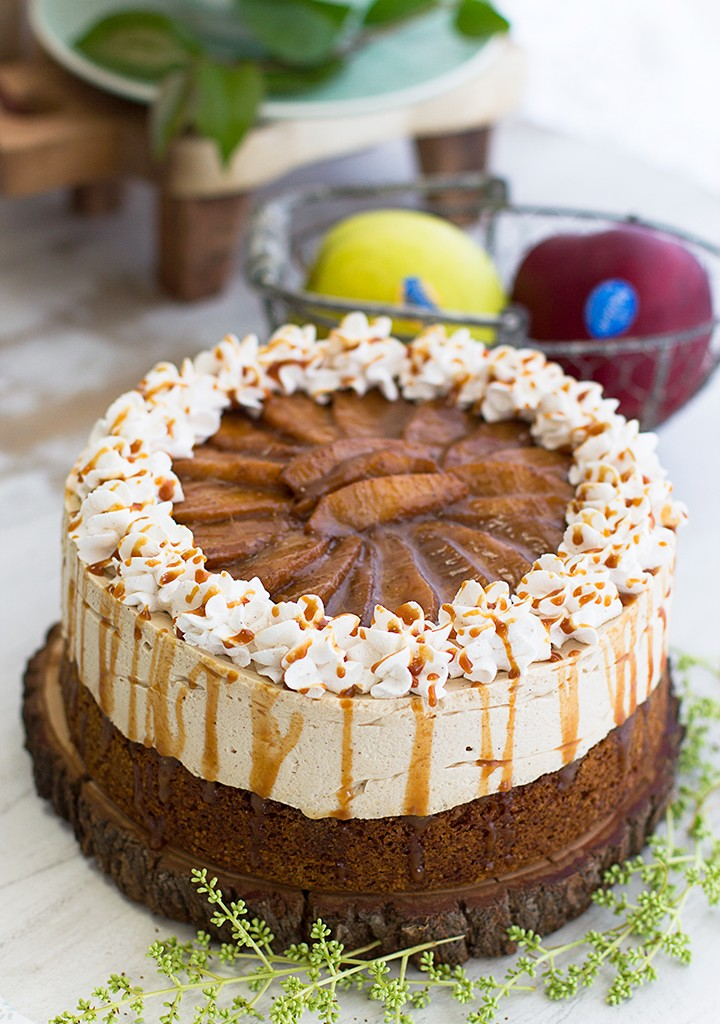Tarta De Queso Fría Con Manzanas Y Caramelo