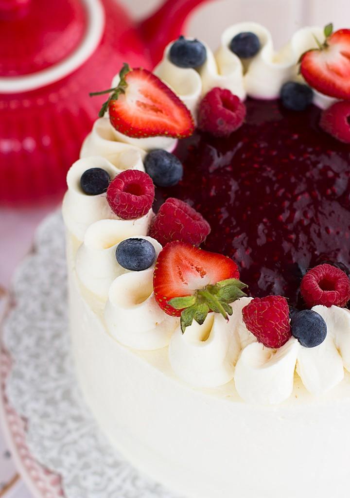 Tarta De Frutos Rojos Y Mascarpone