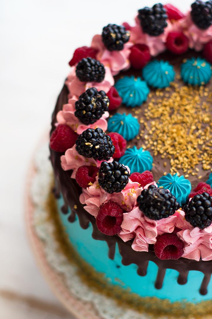tarta de canela y moras