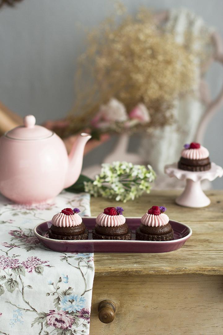 Besitos de Aguacate y Chocolate Receta Saludable