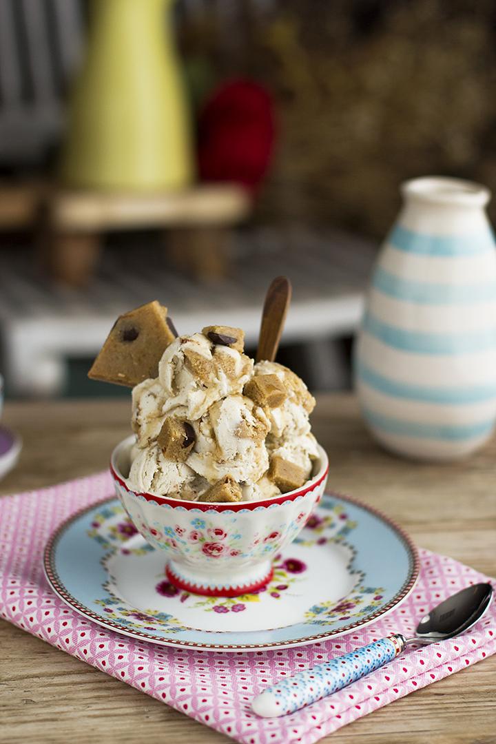 Helado de Cookie Dought saludable fácil y sencillo