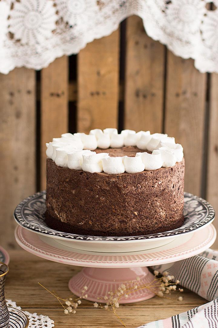 Tarta Helada de Chocolate y Avellanas