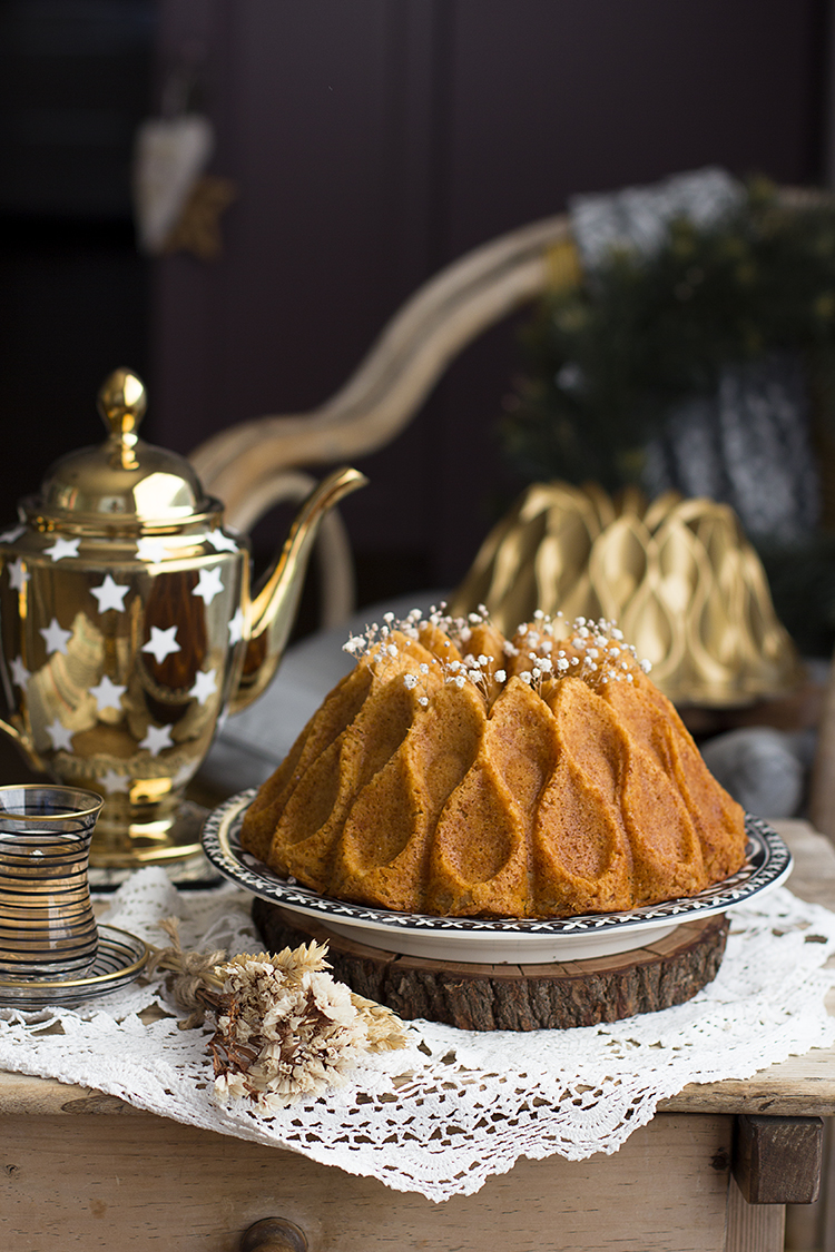 Bizcocho de caramelo fácil en bundt cake de Nordic Ware