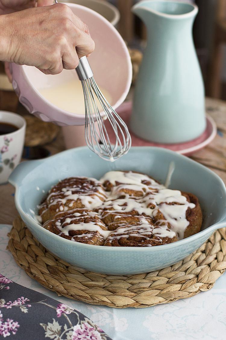 Cinnamon Rolls Saludables con harina integral y deliciosos
