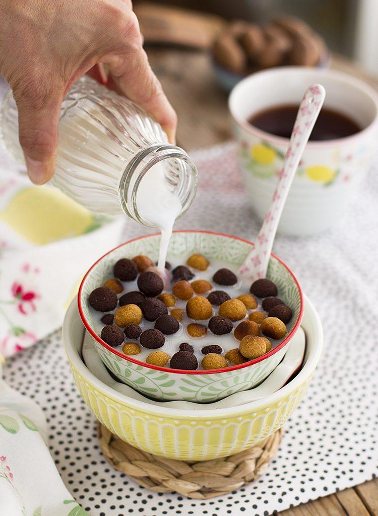Cereales Saludables De Chocolate Y Cacahuete