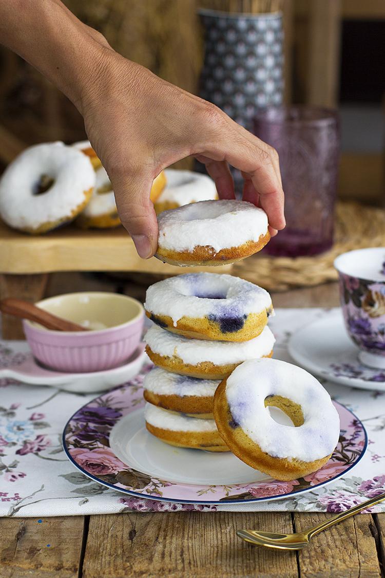 Donuts de Arándanos super jugosos y faciles sin azúcar y sin gluten