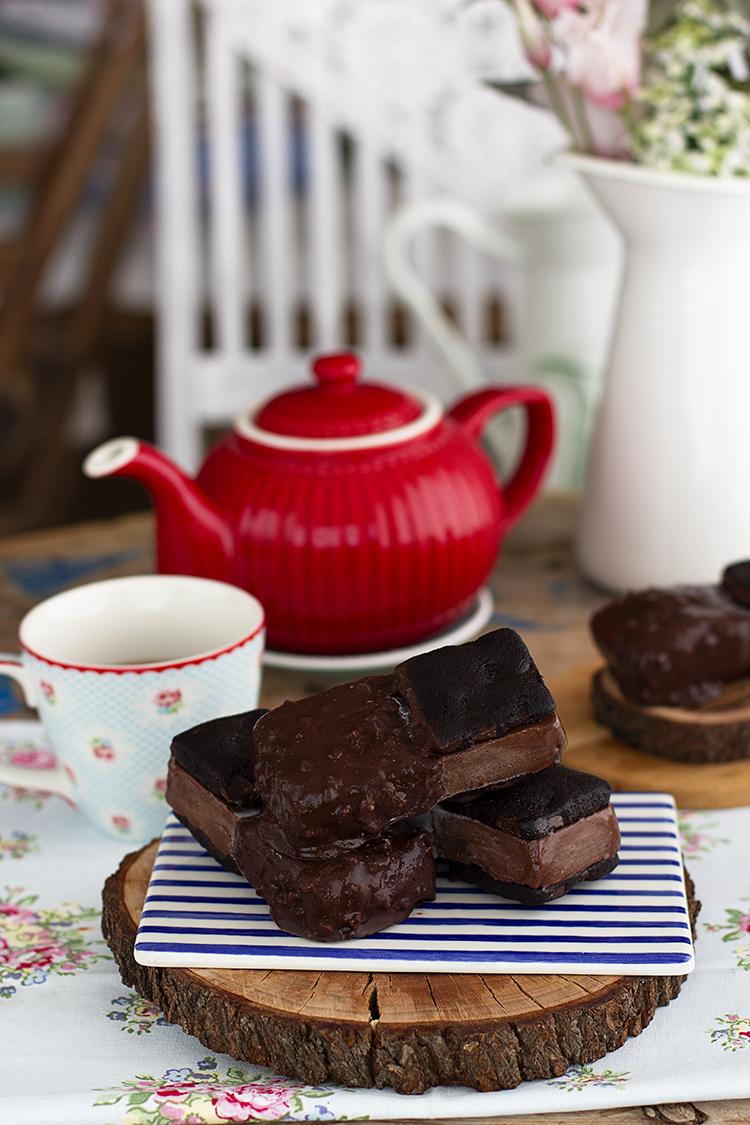 MaxiBon Black Cookie el maxibon más chocolateado y tentador