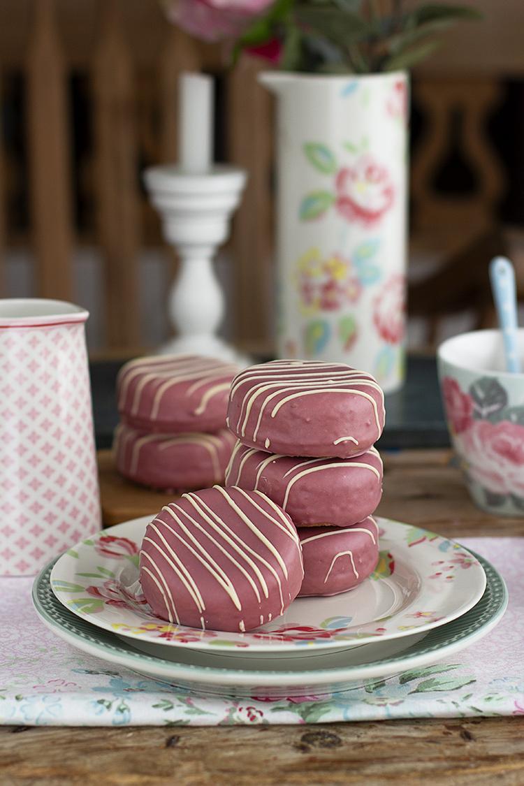 Donuts Bomba Pantera Rosa, el bollito más rico en forma de Donuts relleno